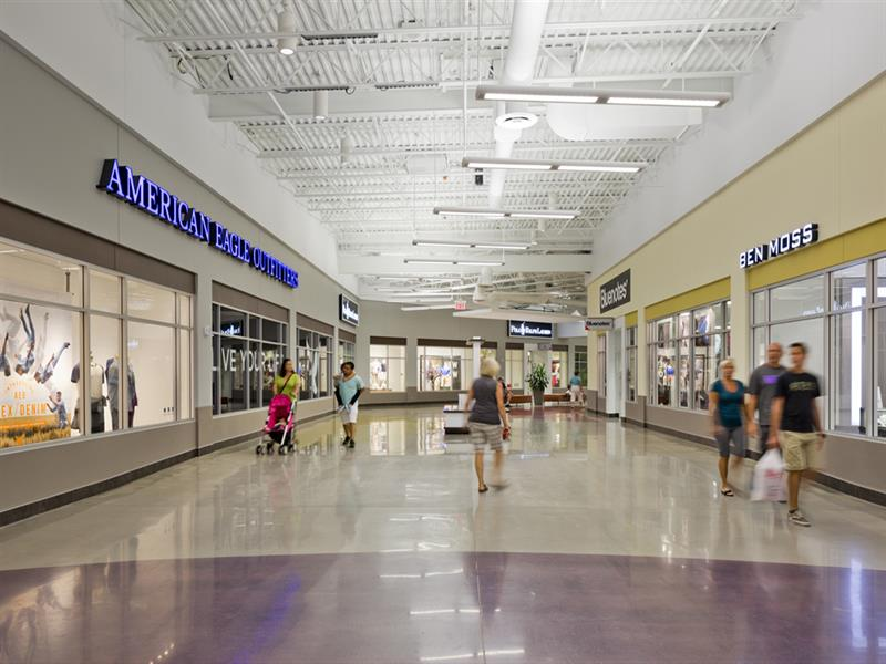 Tanger Outlets Cookstown Center Image #4