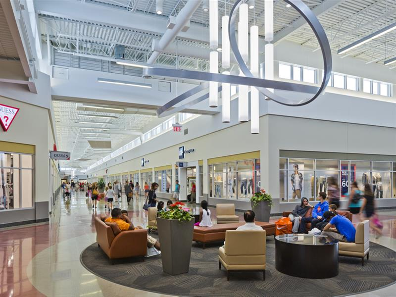 Tanger Outlets Cookstown Center Image #11