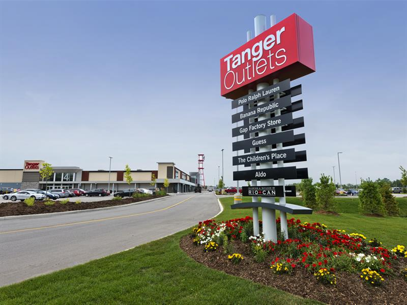 Tanger Outlets Cookstown Center Image #15