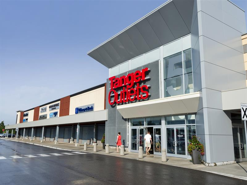 Tanger Outlets Cookstown Center Image #16