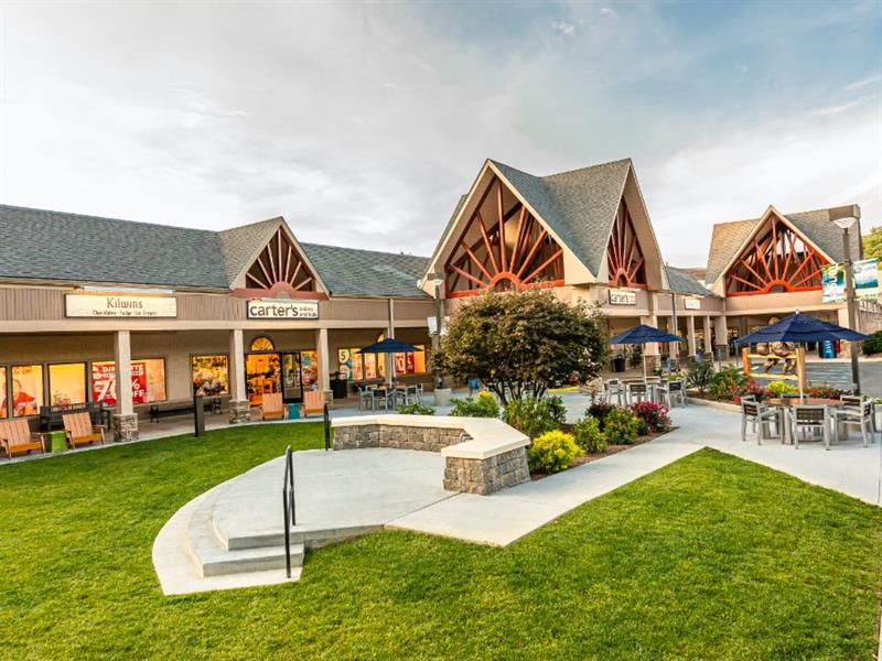 Tanger Outlets Blowing Rock Center Image #4
