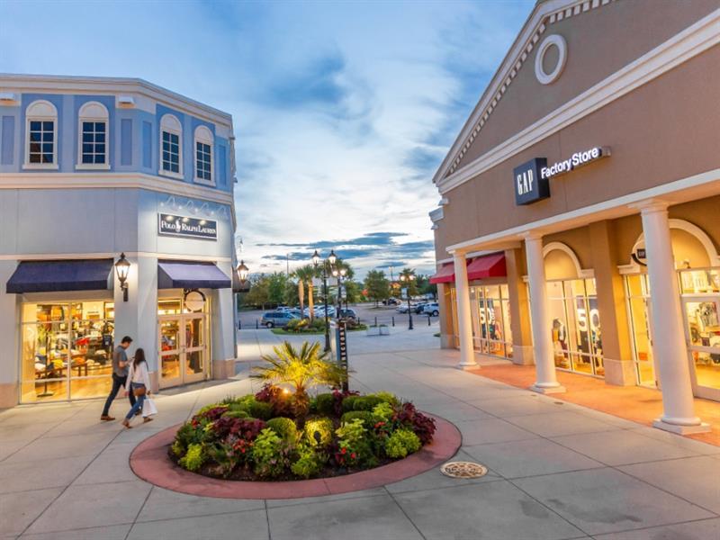 Tanger Outlets Charleston Center Image #0