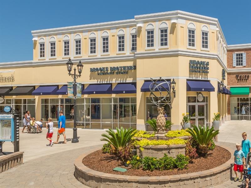 Tanger Outlets Charleston Center Image #2
