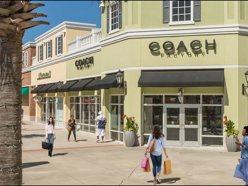 Tanger Outlets Charleston Center Image #5