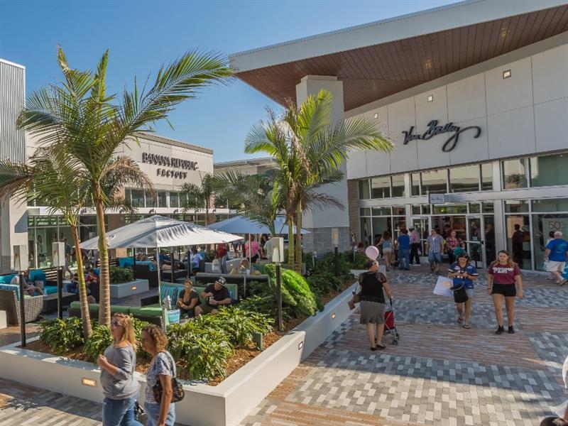 Tanger Outlets Daytona Beach Center Image #3