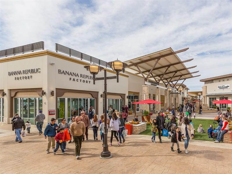 Tanger Outlets Fort Worth Center Image #1