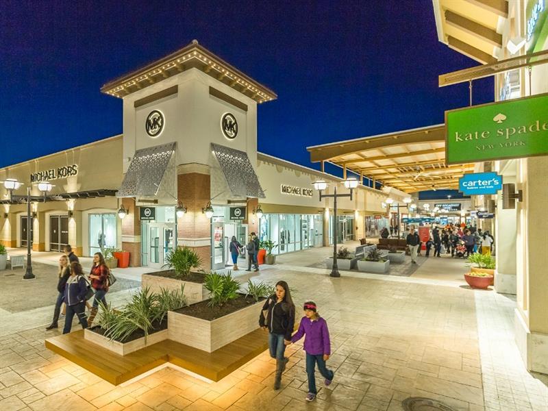 Tanger Outlets Fort Worth Center Image #2