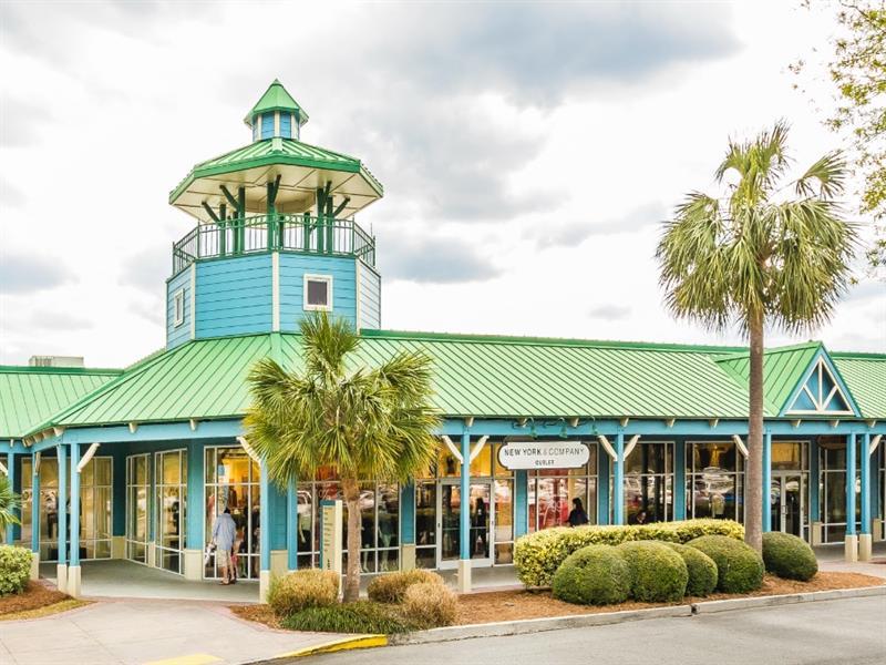 Tanger Outlets Hilton Head Center Image #4