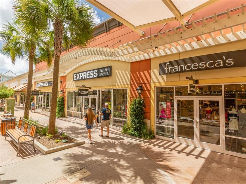 Tanger Outlets Houston Center Image #1