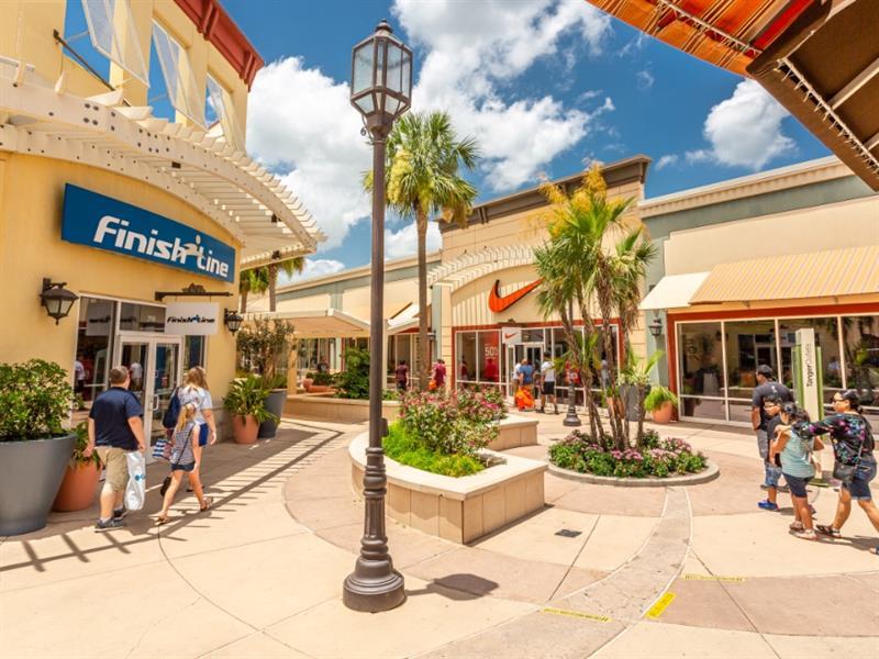Tanger Outlets Houston Center Image #2