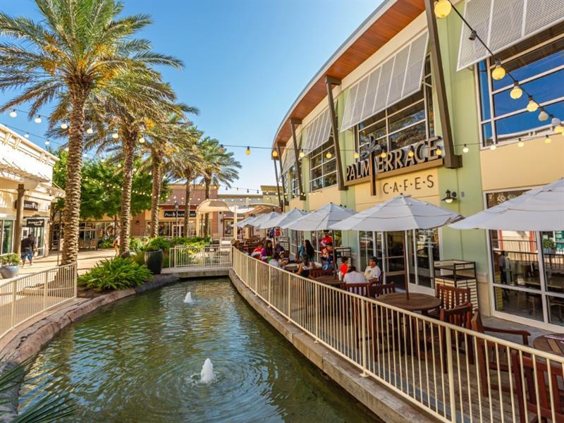 Tanger Outlets Houston Center Image #4
