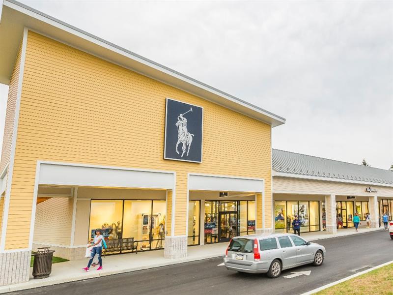 Tanger Outlets Lancaster Center Image #1