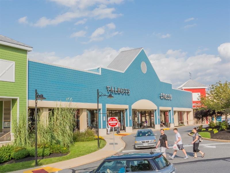 Tanger Outlets Lancaster Center Image #3