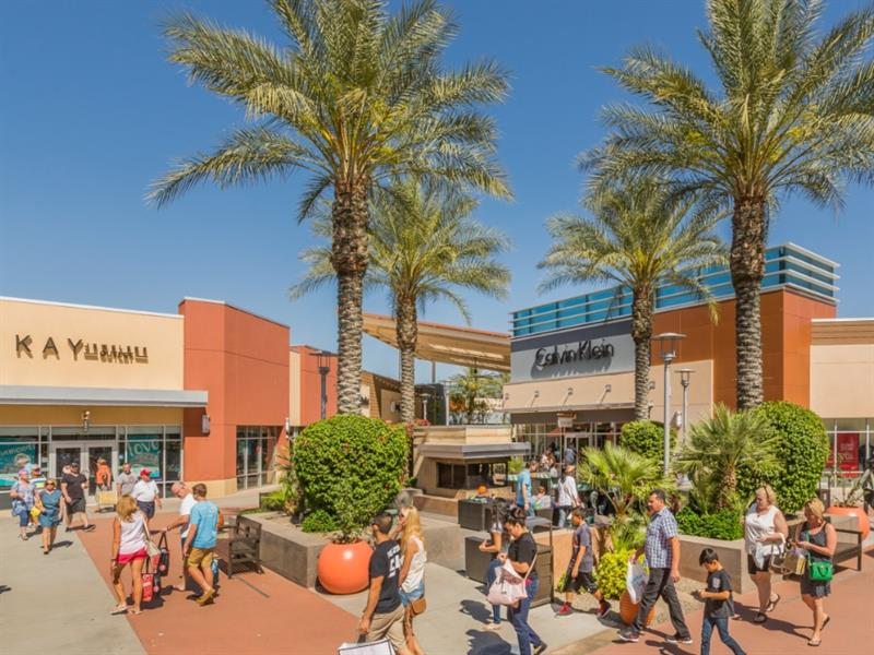 Tanger Outlets Phoenix/Glendale Center Image #1
