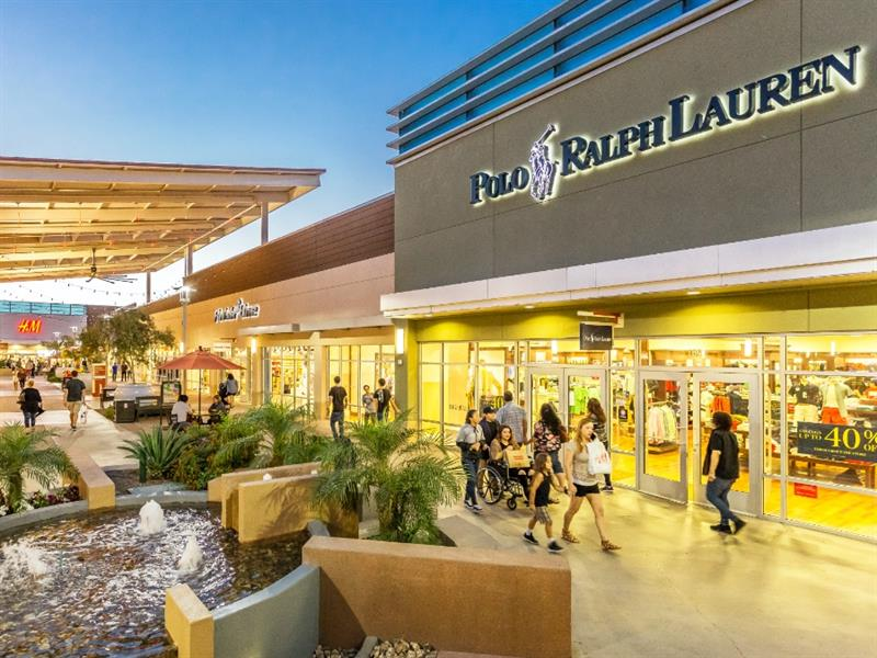 Tanger Outlets Phoenix/Glendale Center Image #2
