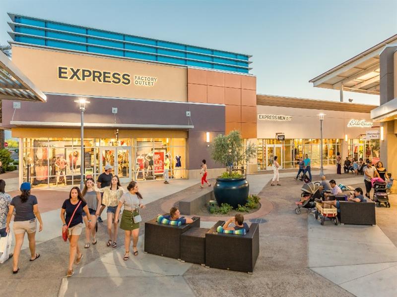 Tanger Outlets Phoenix/Glendale Center Image #3