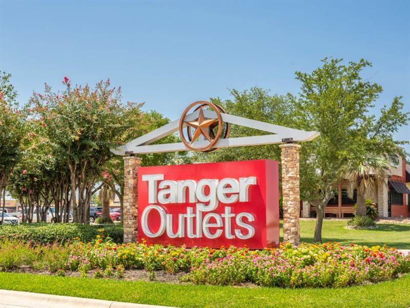 Tanger Outlets San Marcos Center Image #0