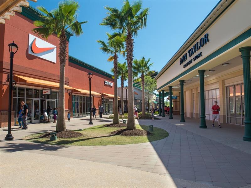 Tanger Outlets Savannah Center Image #3