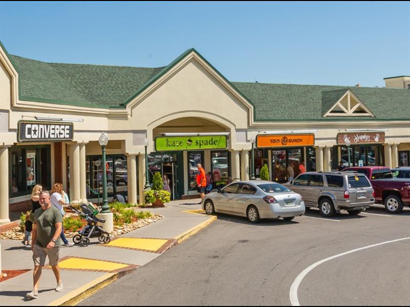 Tanger Outlets Sevierville Center Image #5