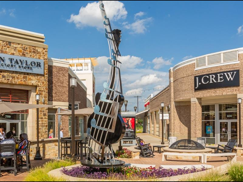 Tanger Outlets Southaven Center Image #5