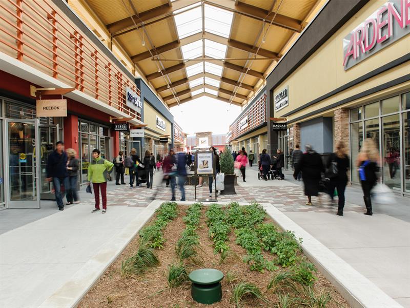 Tanger Outlets Ottawa Center Image #0