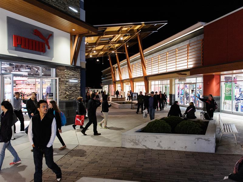 Tanger Outlets Ottawa Center Image #1